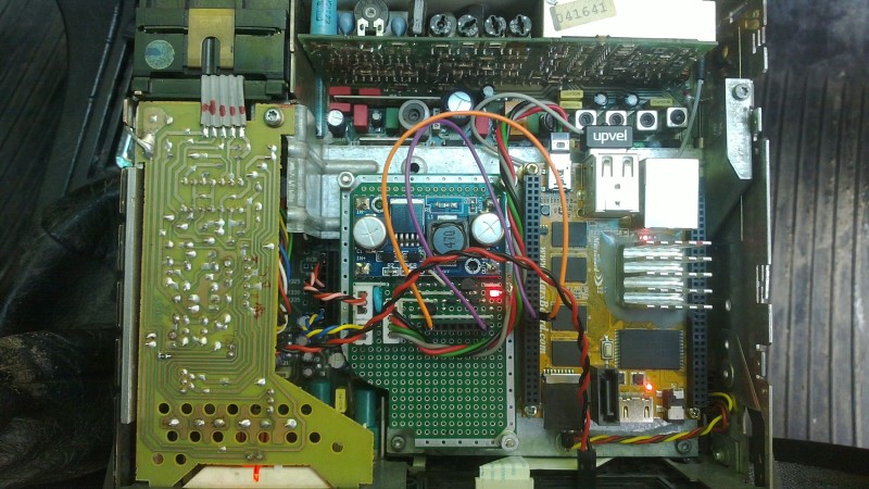 Tricking A Car Stereo To Think Your Cellphone Is A Tapedeck | Hackaday